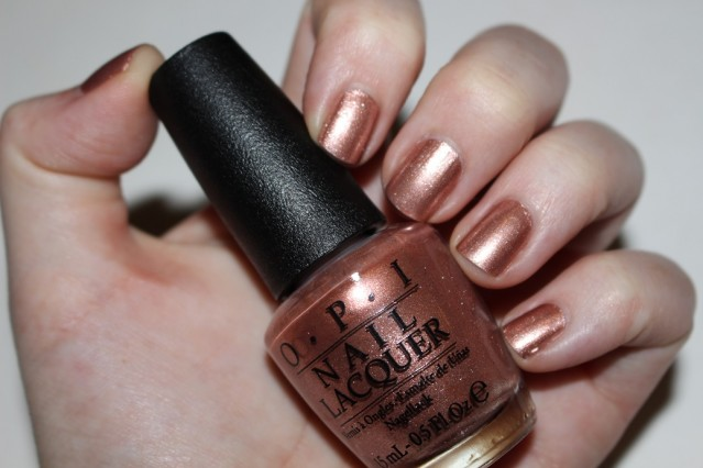 opi-venice-swatch-worth-a-pretty-penne