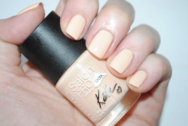 rimmel-nude-collection-by-kate-nail-swatch-126-bare-yourself