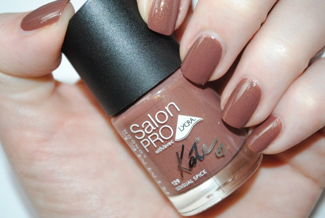 rimmel-nude-collection-by-kate-nail-swatch-129-sensual-spice
