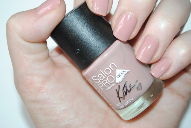 rimmel-nude-collection-by-kate-nail-swatch-237-soul-session