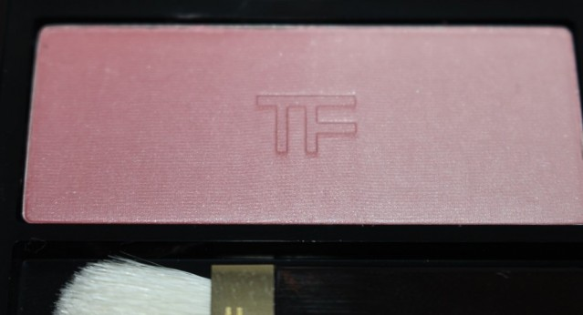 tom-ford-eye-and-cheek-shadow-ombre-review-plum