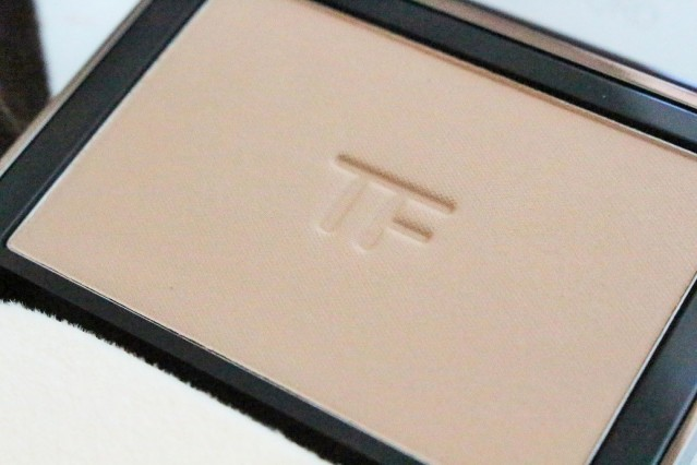 tom-ford-flawless-powder-foundation-review