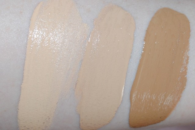 too-faced-born-this-way-foundation-review-swatch-vanilla-light-beige-caramel