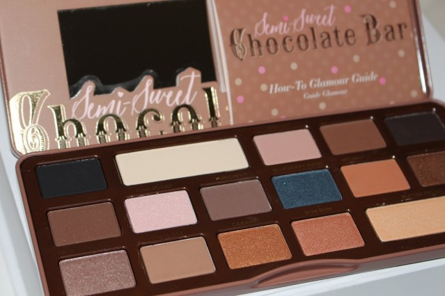 too-faced-semi-sweet-chocolate-bar-palette-review-2