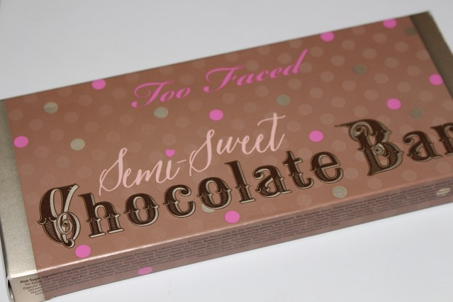 too-faced-semi-sweet-chocolate-bar-palette-review-swatches