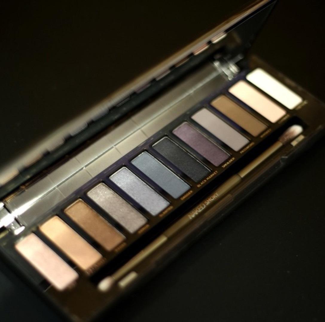 URBAN DECAY: NAKED SMOKY paleta od 12 sjenila - odlično stanje