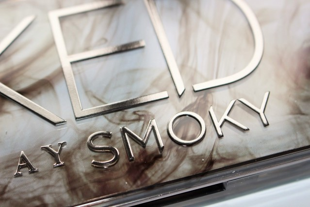 urban-decay-naked-smoky-swatches-2