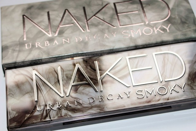 urban-decay-naked-smoky-swatches