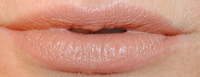 ciate-olivia-palermo-fall-2015-lipstick-swatch-cashmere