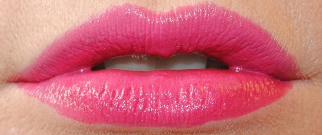 clarins-joli-rouge-swatch-713-hot-pink
