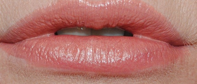 clarins-joli-rouge-swatch-746-tender-nude