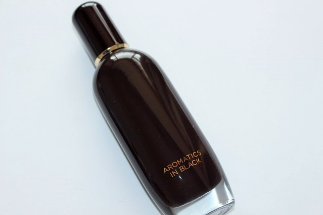 clinique-aromatics-in-black-eau-de-parfum-review-2