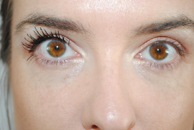 l'oreal-volume-million-lashes-feline-mascara-review-2-coats