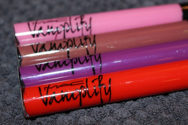 mac-vamplify-lip-gloss-review-swatches