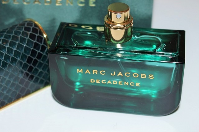 Marc-Jacobs-Decadence-Eau-de-Parfum-review-3