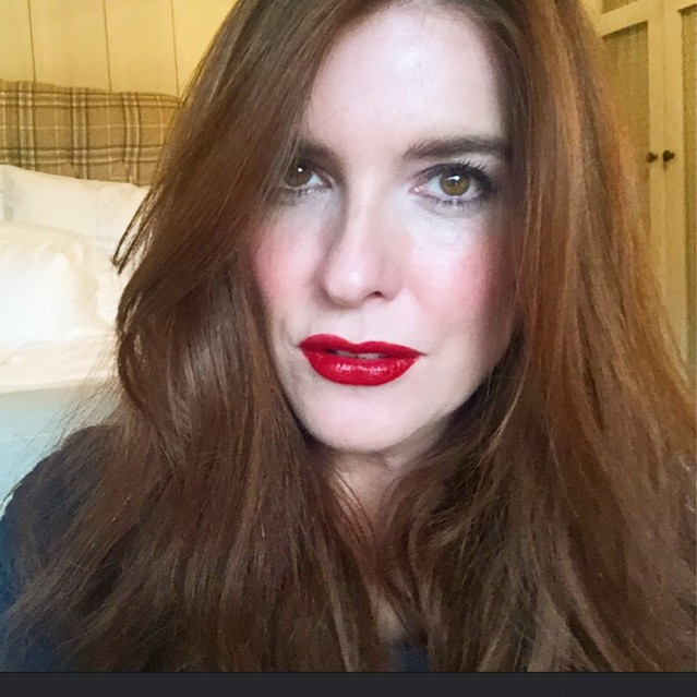 bobbi-brown-luxe-lip-color-swatch-red-velvet