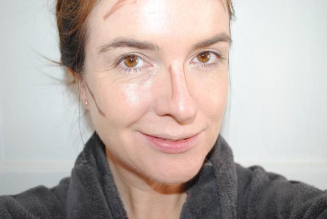 burberry-face-contour-effortless-contouring-pen-review-dark-02