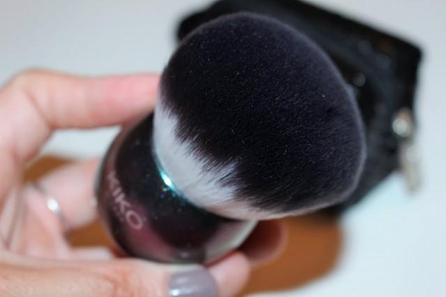 kiko-midnight-siren-face-brush-review-2
