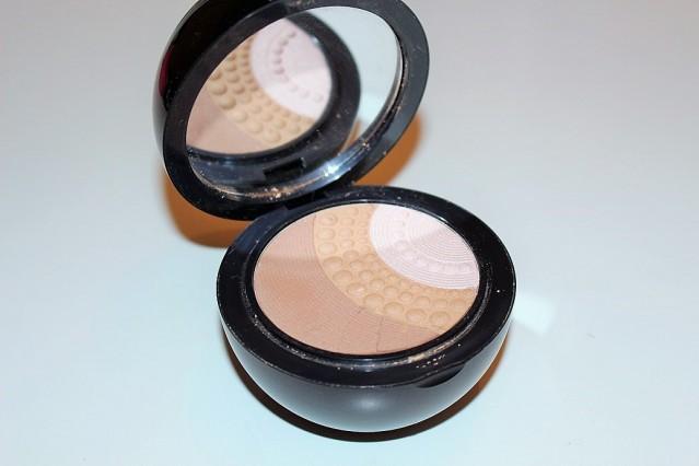 kiko-midnight-siren-silk-pearl-illuminating-bronzer-review