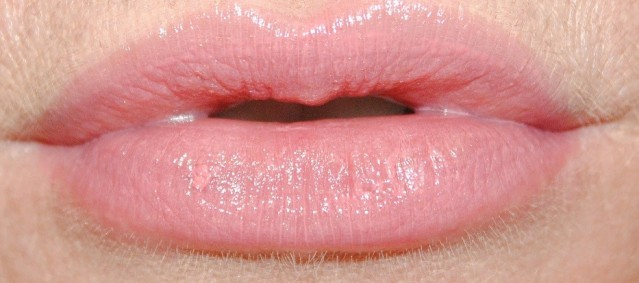 new-dior-addict-lipstick-review-swatch-smile