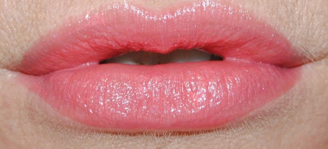 new-dior-addict-lipstick-review-swatch-tribale