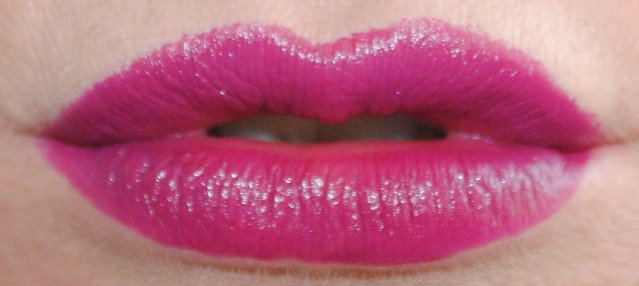rimmel-the-only-1-lipstick-swatches-800-under-my-spell