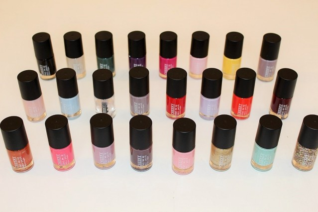 cheeky-advent-calendar-2015-nail-polishes