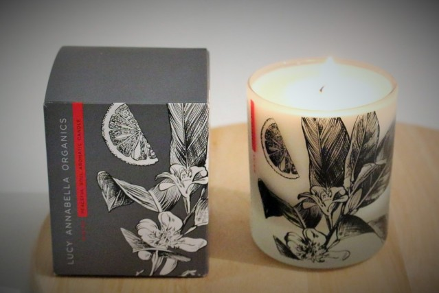 lucy-annabella-peaceful-soul-christmas-candle-review