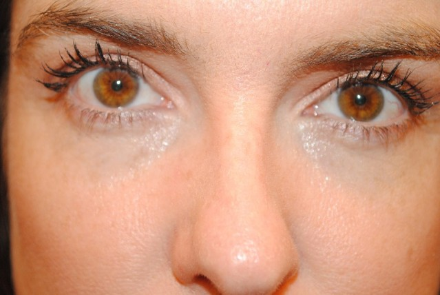charlotte-tilbury-magic-eye-rescue-eye-cream-review-4