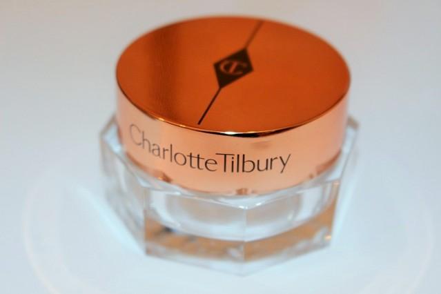 charlotte-tilbury-magic-eye-rescue-eye-cream-review