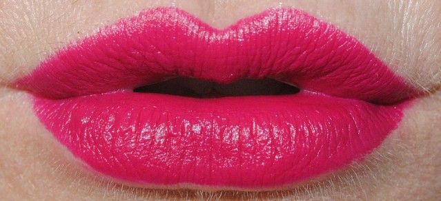 laura-mercier-velour-lovers-lip-swatch-boudoir