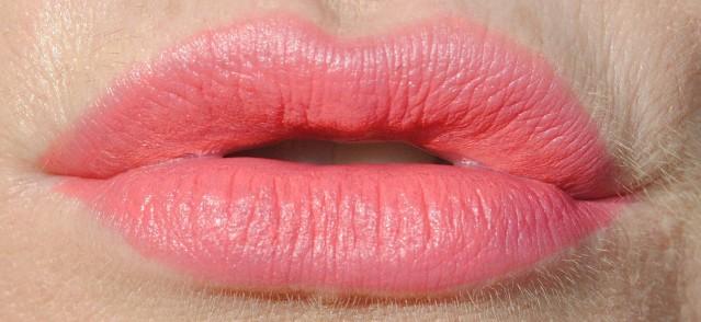 laura-mercier-velour-lovers-lip-swatch-infatuation