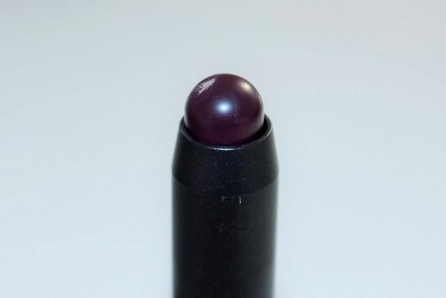 mac-berry-black-friday-patentpolish-lip-pencil