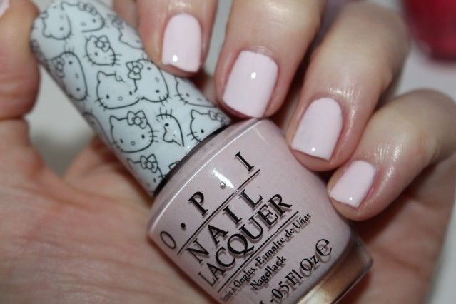 opi-hello-kitty-swatch-let's-be-friends