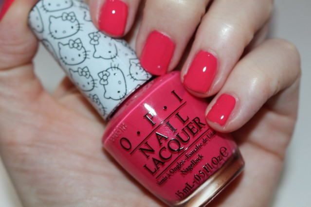 opi-hello-kitty-swatch-spoken-from-the-heart