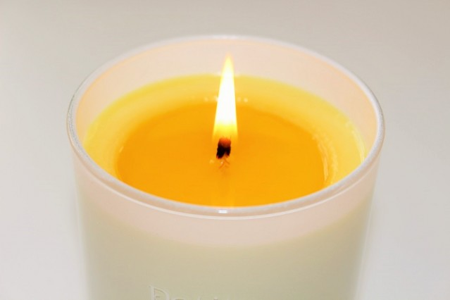 petits-rituels-orange-gourmande-candle-review-3