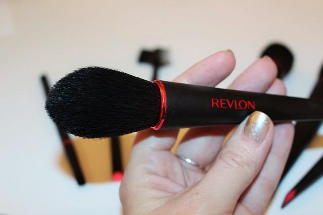 revlon-brush-collection-2016-contour-brush