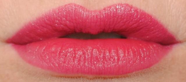 revlon-ultra-hd-matte-lip-color-swatch-addiction