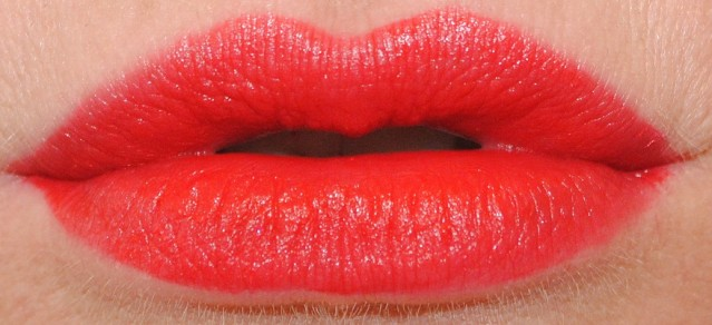 revlon-ultra-hd-matte-lip-color-swatch-love