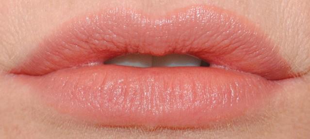 revlon-ultra-hd-matte-lip-color-swatch-seduction