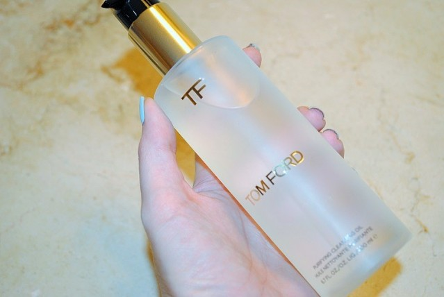 tom-ford-purifying-cleansing-oil-review-2