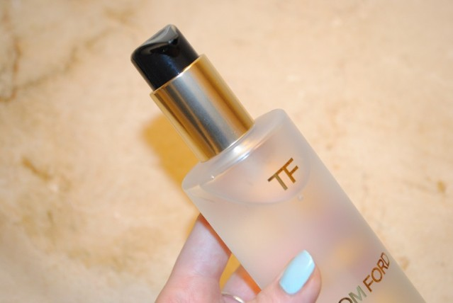 tom-ford-purifying-cleansing-oil-review-3