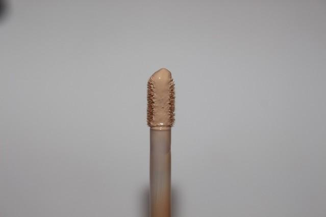 bareminerals-bareskin-complete-coverage-serum-concealer-review-3