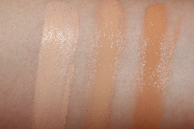 bourjois-radiance-reveal-concealer-swatches-2