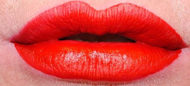 mac-retro-matte-liquid-lip-color-swatch-feels-so-grand
