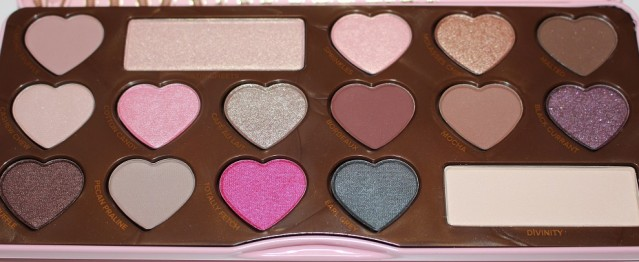 too-faced-chocolate-bon-bons-eyeshadow-palette-review-3