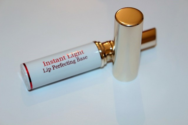 clarins-instant-light-lip-perfecting-base-review-3