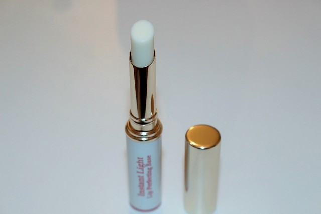 clarins-instant-light-lip-perfecting-base-review-4