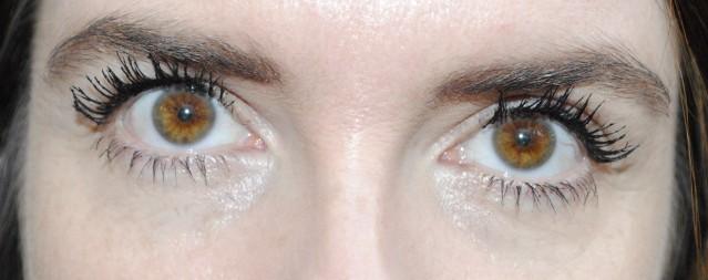 elizabeth-arden-grand-entrance-mascara-review-after