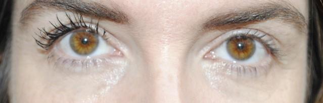 elizabeth-arden-grand-entrance-mascara-review-after-step-1